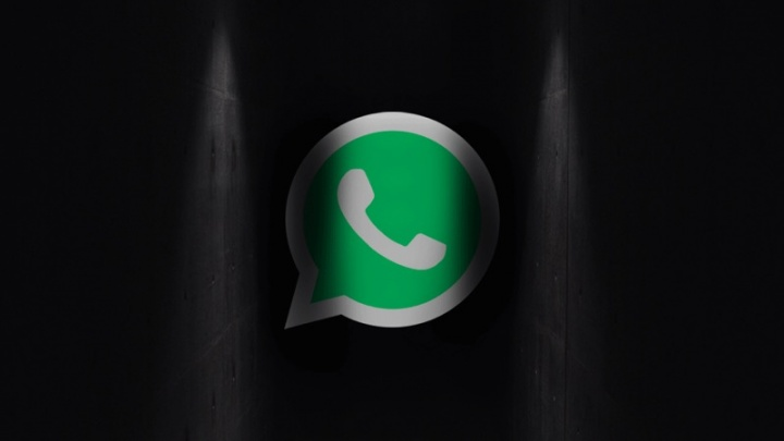 WhatsApp dark mode android app