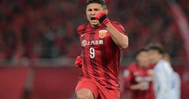 Elkeson entra en la historia china (video)