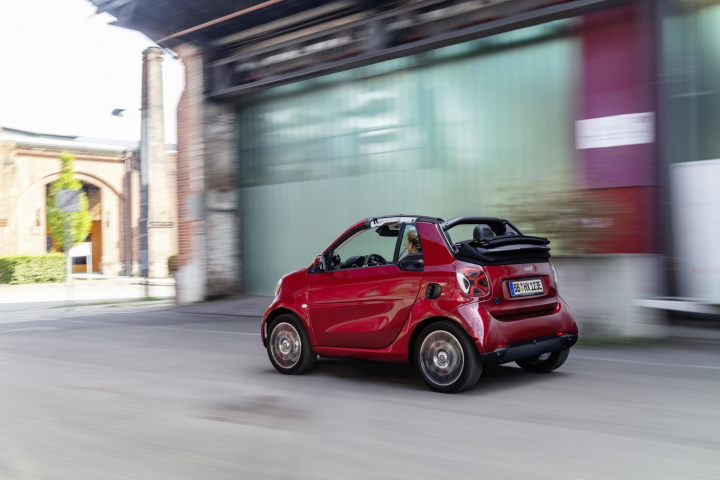 Nuevo smart EQ fortwo y forfour electric