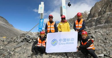 Huawei y China Mobile instalan antenas 5G en el Monte Everest