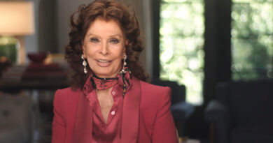 What Would Sophia Loren Do Trailer